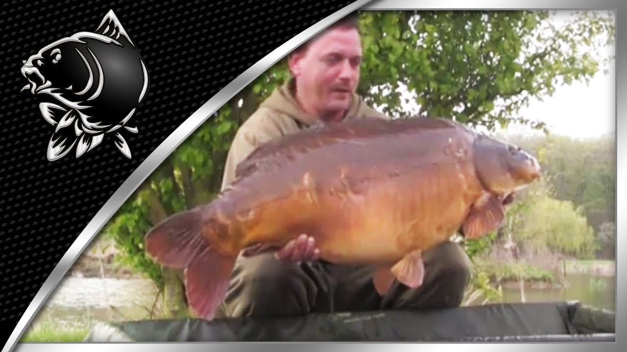 CARP FISHING VIDEOS - DAVE BENTON WITH THE POWER STATION FROM CHURCH POOL - NASH TV : RAW