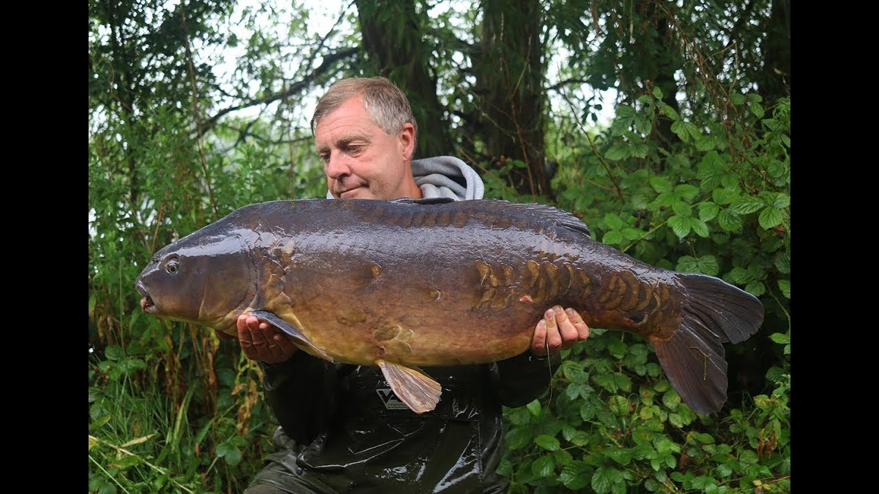 Terry Dempsey's approach to Linchill Fishery, Christchurch Lake